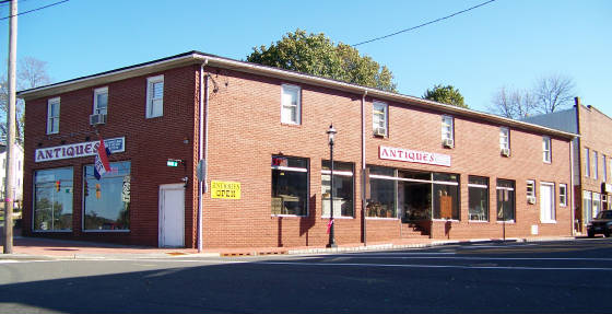 HAMBURG ANTIQUE CENTER, ANTIQUES IN SUSSEX COUNTY NJ
